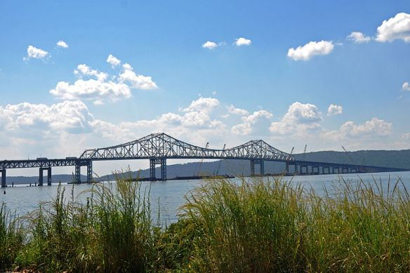 Tappan Zee Bridge (photo courtesy of en.wikipedia.org