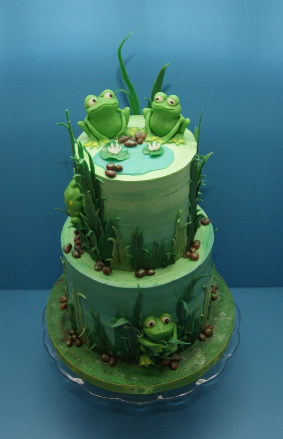 bday cake frogs