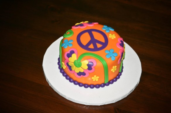 bday cake peace sign