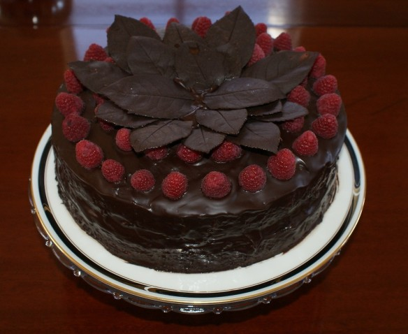 bday cake w raspberries